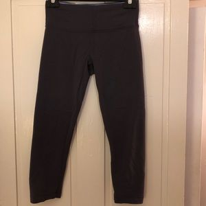 Lululemon Wunder Under crop legging